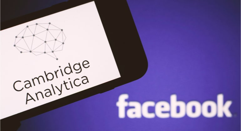 Facebook concorda em pagar multa ao Reino Unido no caso Cambridge Analytica