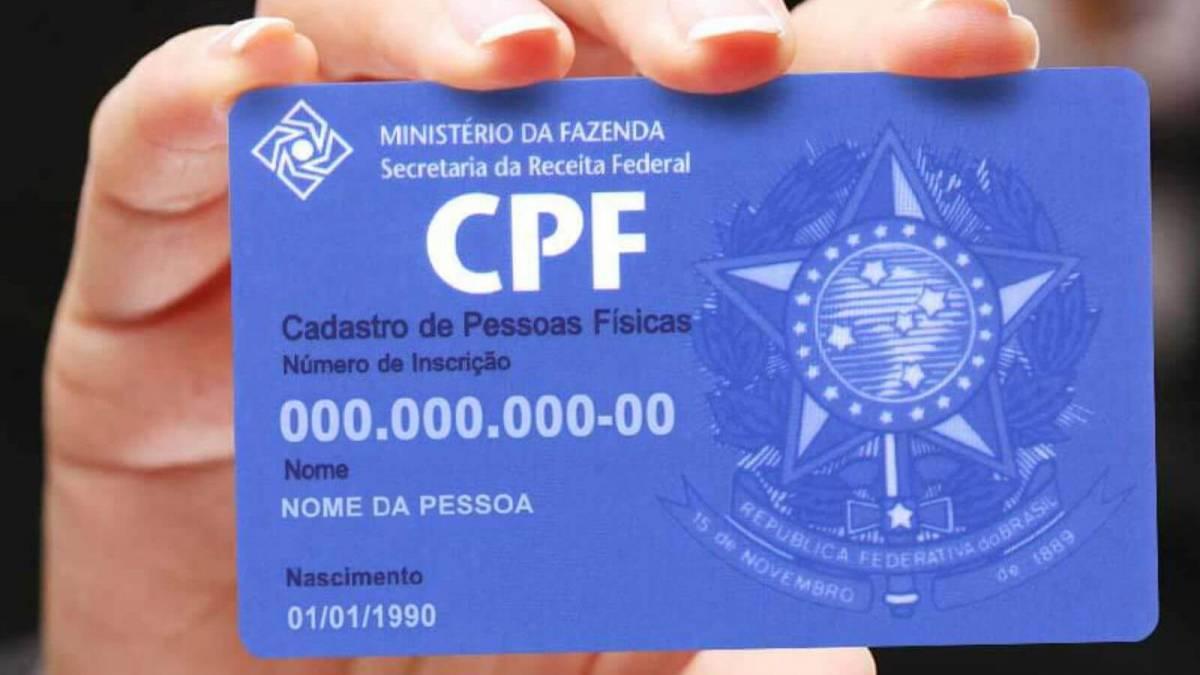 Projeto de lei quer obrigar WhatsApp a coletar CPF de usuários brasileiros
