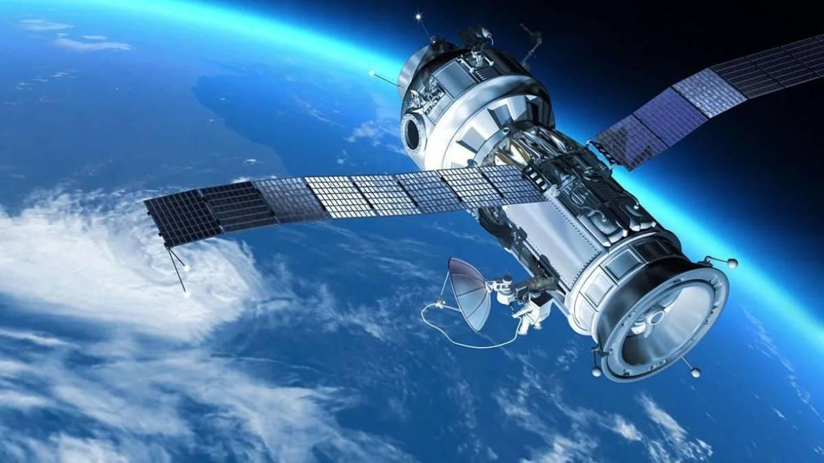Facebook ainda pretende lançar satélites