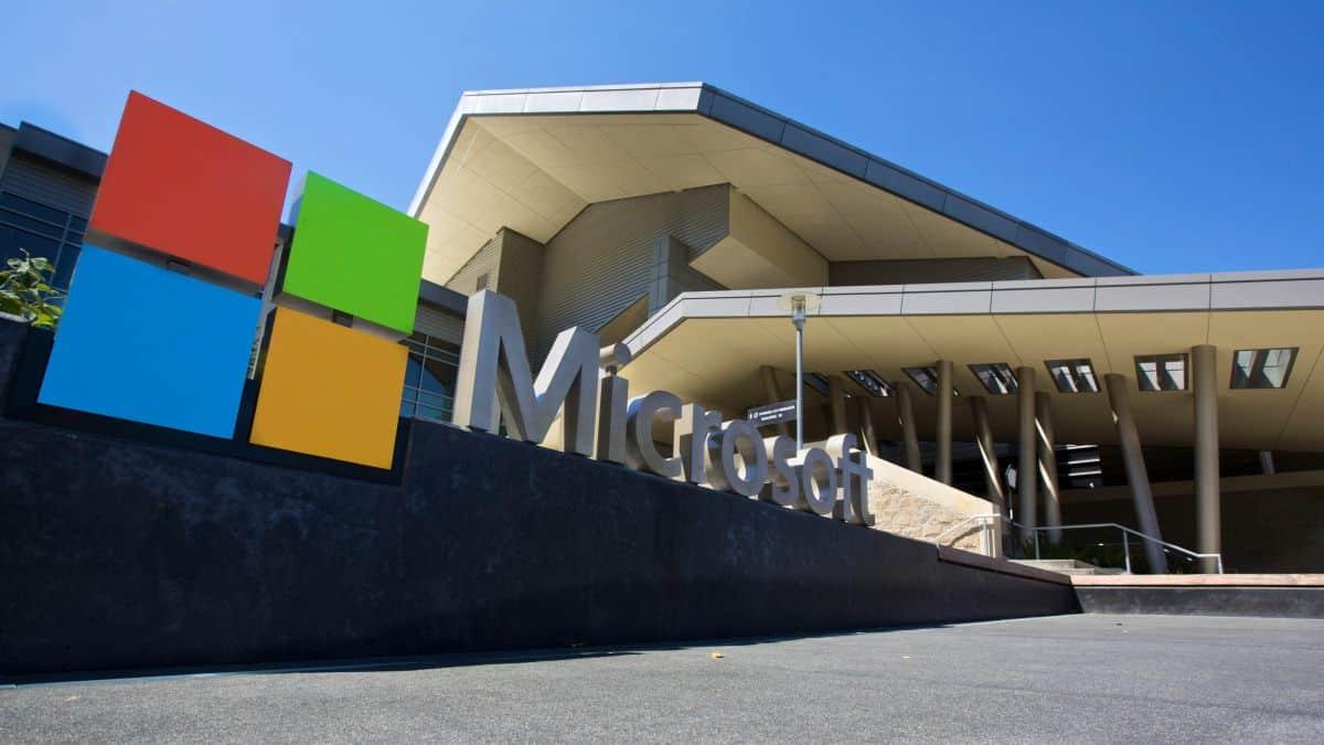 Microsoft só reabrirá totalmente seus escritórios nos EUA em 2021