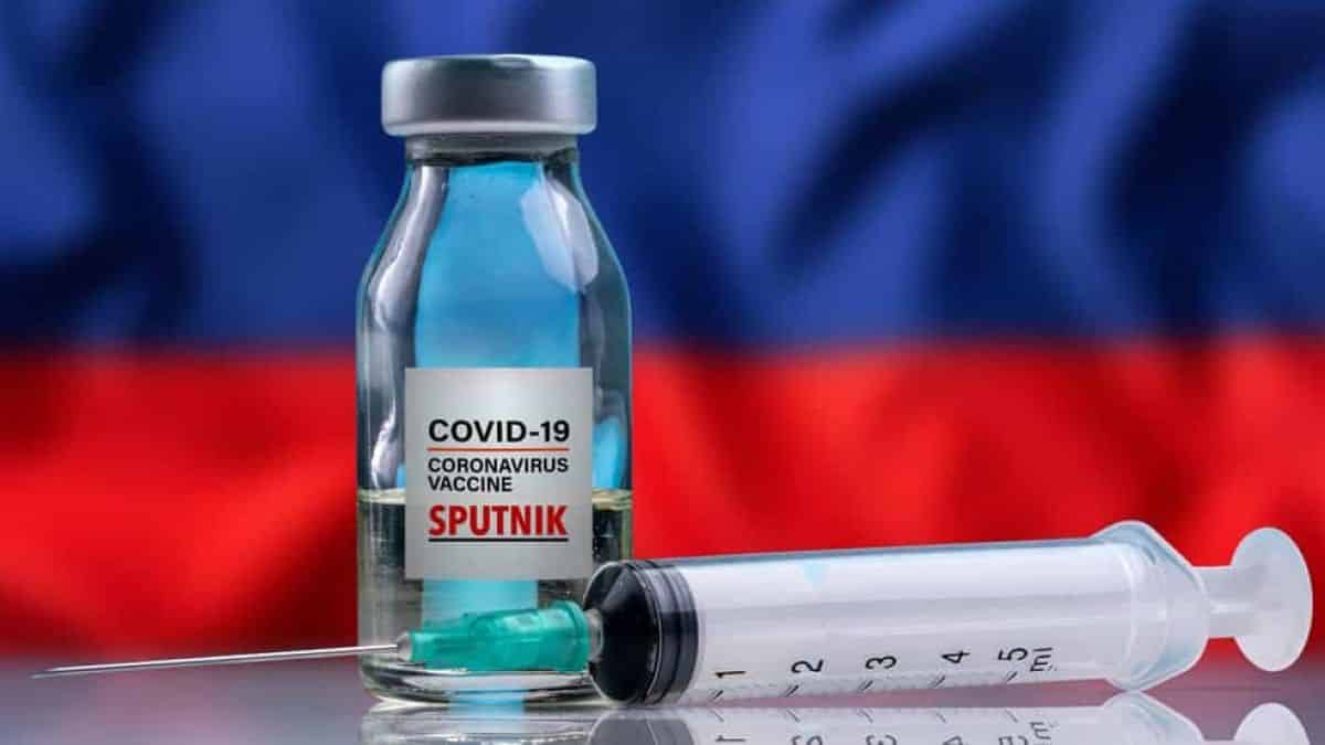 Rússia prevê primeiro lote de vacina para setembro e distribuição em outubro